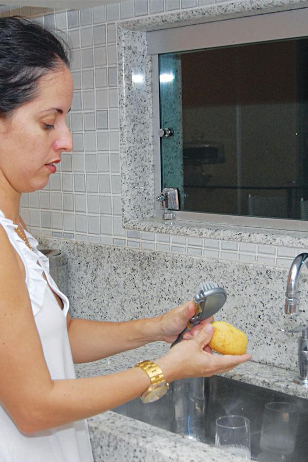 Escova Lava Descasca Cód. 414