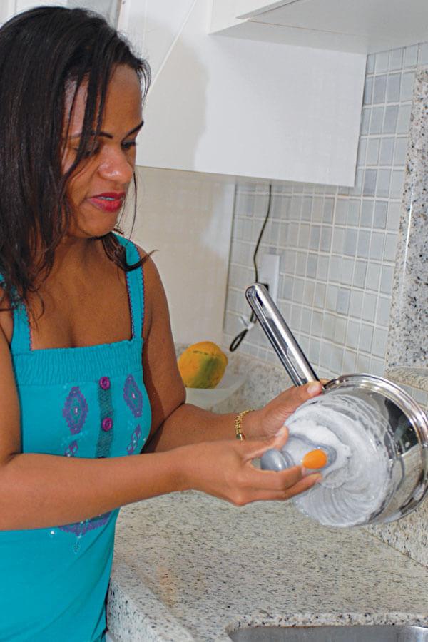 Lava Prato com Dosador Cód. 422