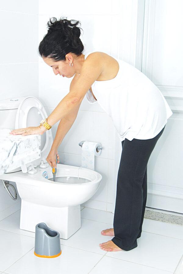 Escova Sanitária C/Suporte Cód.605